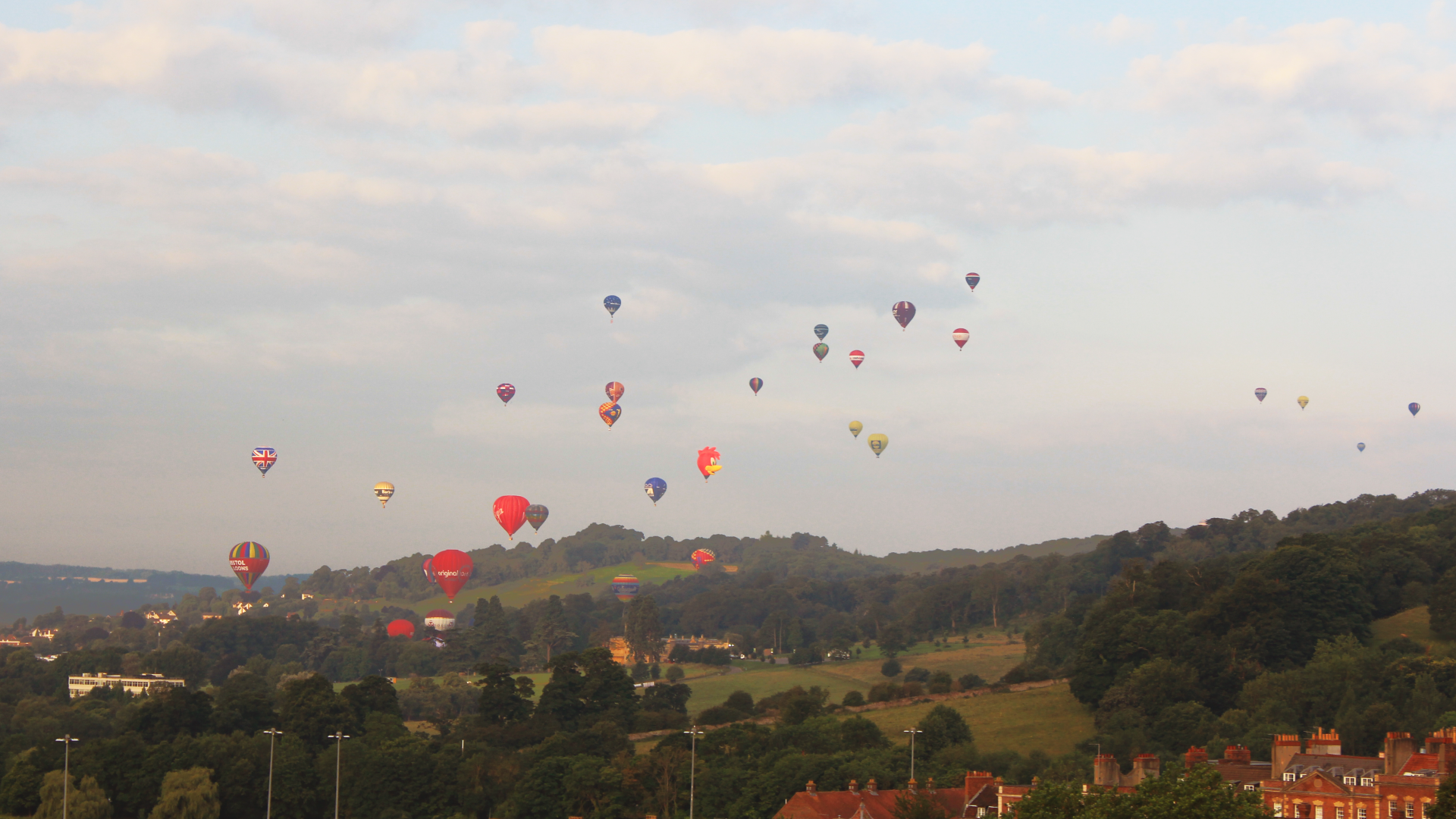 2012-Bristol-Balloon-Fiesta-shot-from-sitting-room